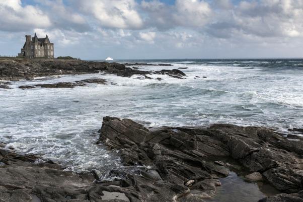 Anfangs- oder Endpunkt der Küstenwanderung ist das Château Thurpault © Michael Kneffel