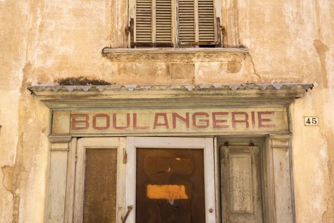 aufgegebene Boulangerie in Sallèles-d´Aude © Michael Kneffel