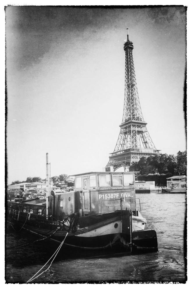Hausboot auf der Seine © Michael Kneffel