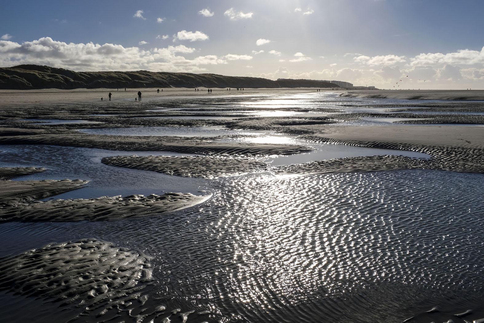 Weiter Strand bei Ebbe © Michael Kneffel